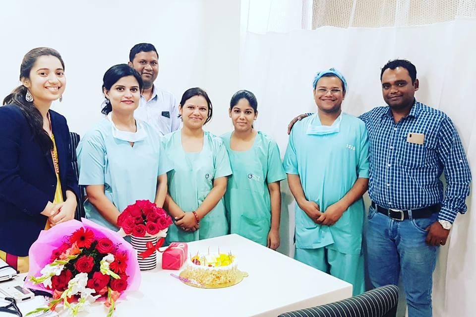 sci ivf team celebrating successful treatment
